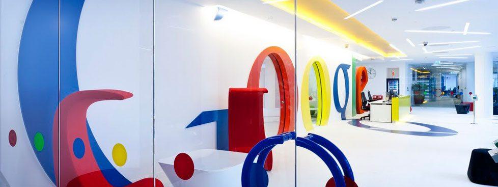 Google recrute grâce au référencement naturel